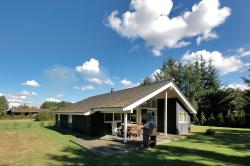 Holiday home Dådyrstien D- 784,  4873, Bøtø By