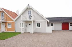 Holiday home Strandgårdsvej G- 4555,  5464, Bro