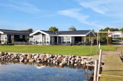 Holiday home Strandlysthuse H- 4572,  5330, Munkebo