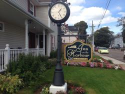 Inn on the Harbour, 3 Hillsborough Street, C1A 4V7, Charlottetown