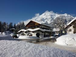 Alpenhotel Zum See - Garni, Weidach 336, 6105, Leutasch