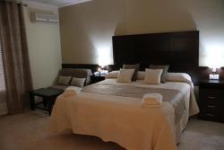 Hotel Don Juan, Carretera Córdoba - Valencia Km 226, 23350, Puente de Génave