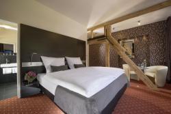 Hotel Landgasthof König von Preussen, Klosterstraße 8, 76359, Marxzell