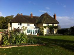 Gunville House B&B, Monxton Road, Grateley, SP11 8JQ, Grateley