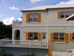 Windsong Guest Apartments, 30 Princess Estate Road, Pembroke Parish, HM 04, Pembroke