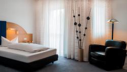 Albertinum Hotel, Am Wolfsmantel 14, 91058, Erlangen