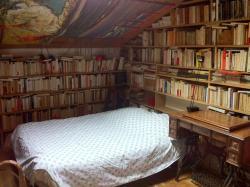 Bed and Breakfast Guesde, 19 square Jules Guesde, 94270, Le Kremlin-Bicêtre