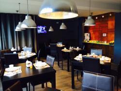 Fasthotel Dunkerque, 3 Rue de la porte de Lille, 59760, Grande-Synthe