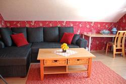 Rivaal Guesthouse-Cafe, Veski 1, 48106, Põltsamaa