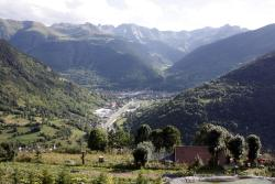 Apartamentos Valle de Aran, Different locations, 25530, Mont