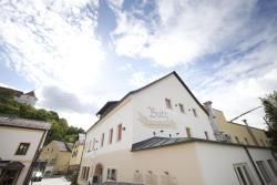 Gasthof Butz, Kirchplatz 3, 93086, Wörth an der Donau
