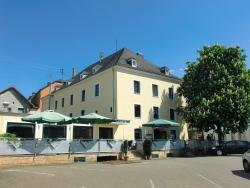 Central-Hotel Greiveldinger, Bergstraße 1-3, 66706, Perl