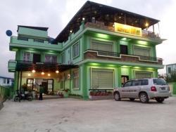 Hotel 99, No. 172 / B, SaGaWar Street, Block (1), 11101, Pyin Oo Lwin