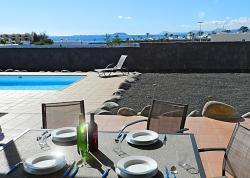 Villa Mararia, Calle Austria 1, Urbanización Las Maretas, vivienda 12b, 35580, Playa Blanca