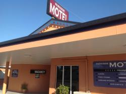Parkside Motel & Licensed Restaurant, 74-76 Graham Street, 4807, Ayr