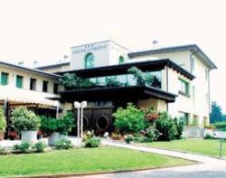 Hotel Corone, Via Padova 35, 31031, Caerano di San Marco
