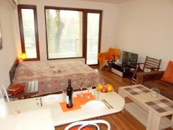 Natali Apartment, 63 Konstantin Velichkov Str., 8000, ブルガス
