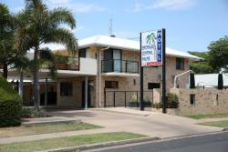 Emerald Central Palms Motel, 19 Esmond Street, 4720, Emerald