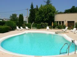 Logis Hotel Les Chênes, 300, route de Gap, 04200, Sisteron