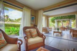 Marbella Club 110, 100 Ocean Drive, 00791, Bajandas