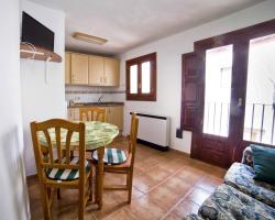 Apartments Torrens, Calle Maestro Carbó nº 1, 12300, Morella