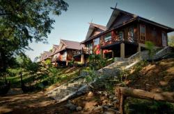 Mr. Charles River View Lodge, Naug Gad Village, Hsipaw Township, Northern Township, 11221, Hsipaw