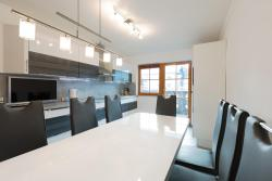 Große Luxus-Apartments an der Promenade Garmisch, Achenfeldstrasse 25, 82467, Garmisch-Partenkirchen