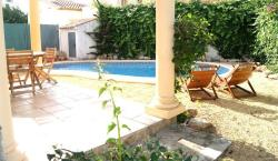 Apartment with pool, near the beach in Denia, Urbanización Benicadims, 9, 03778, Ondara