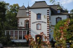 Villa Sophienhöhe, Sophienhöhe 1, 50171, Kerpen