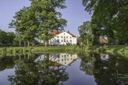 Hotel & Gästehaus Gut Kaden, Kadener Str. 9, 25486, Alveslohe