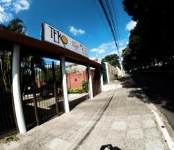Teko Arte Hostel & Bar, Avenida Rogelio Benitez casi Aka Karaja, 7000, Ciudad del Este