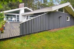 Holiday home Ebeltoft 299 with Sauna and Terrace,  8400, Femmøller
