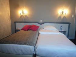 Hotel Le Limbourg, Place Albert 21, 5430, Rochefort