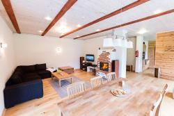 Õnneoru Holiday Home, Saaremaa Lümanda vald Kuusnõmme küla Õnneoru kinnistu, 93342, Lümanda