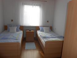 Guest House Pomerlan, Bergstrasse 6, 56767, Lirstal
