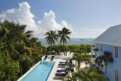 Weezie's Ocean Front Hotel and Garden Cottages, Playa Asuncion,, Caye Caulker