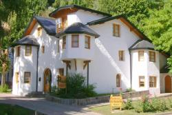 Hostería La Raclette, Tte.Cnel. Pérez 1170, 8370, San Martín de los Andes