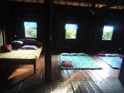 Pos Keng Homestay, South of Krorbey Real Market, Pouk Commune,, Phumĭ Ta Rós