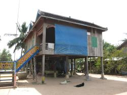 Isanborei Homestay 8, Kampong Chheuteal Village, Prasat Sambor,, Kâmpóng Chheutéal