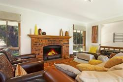 Chez Shelle's, 65 Fawkner Av, 3942, Blairgowrie