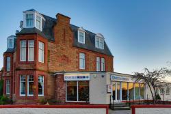 Dunmuir Hotel, Queens Road, EH42 1LG, Dunbar