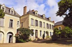La Grande Maison, 5 Rue Du Huit Mai, 79100, Pas-de-Jeu