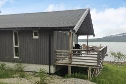 Two-Bedroom Holiday home in Straumsbukta 2,  9106, Straumsbukta