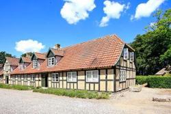 Nine-Bedroom Holiday home in Rynkeby,  5350, Rynkeby