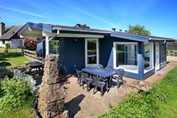 Four-Bedroom Holiday home in Brenderup Fyn,  5464, Vedelshave