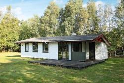 Two-Bedroom Holiday home in Læsø 1,  9940, Vesterø Havn