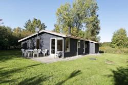 Three-Bedroom Holiday home in Nykøbing Sj 2,  4500, Tjørneholm