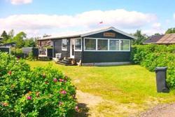 Two-Bedroom Holiday home in Børkop 5,  7080, Egeskov