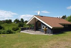 Two-Bedroom Holiday home in Knebel 6,  8420, Ørby