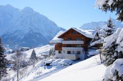 Gästehaus am Berg, Am Berg 17, 6992, Hirschegg
